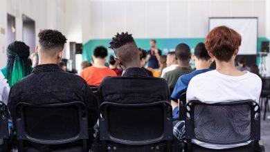 Photo of UNO STUDENTE SU 2 SCEGLIE IL LICEO, IN ABRUZZO IL 63,9%