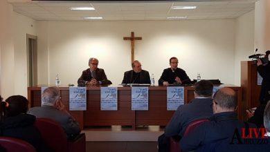 Photo of IL 27 GENNAIO L'INCONTRO DEL CARD. PETROCCHI CON I GIORNALISTI